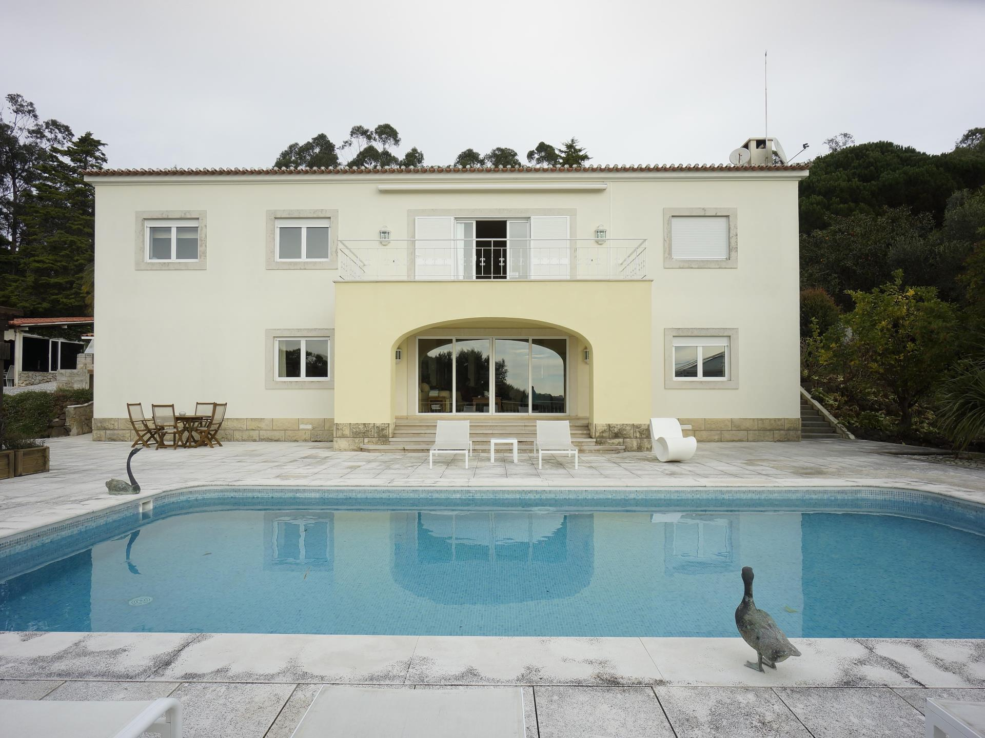 Casa Unifamiliar por un Venta en House, 5 bedrooms, for Sale Sintra, Lisboa Portugal