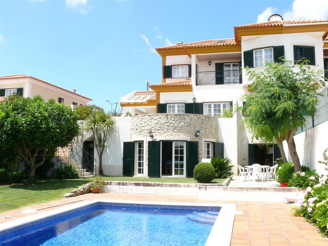 Single Family Home for Sale at Semi-detached house, 4 bedrooms, for Sale Sintra, Lisboa, Portugal