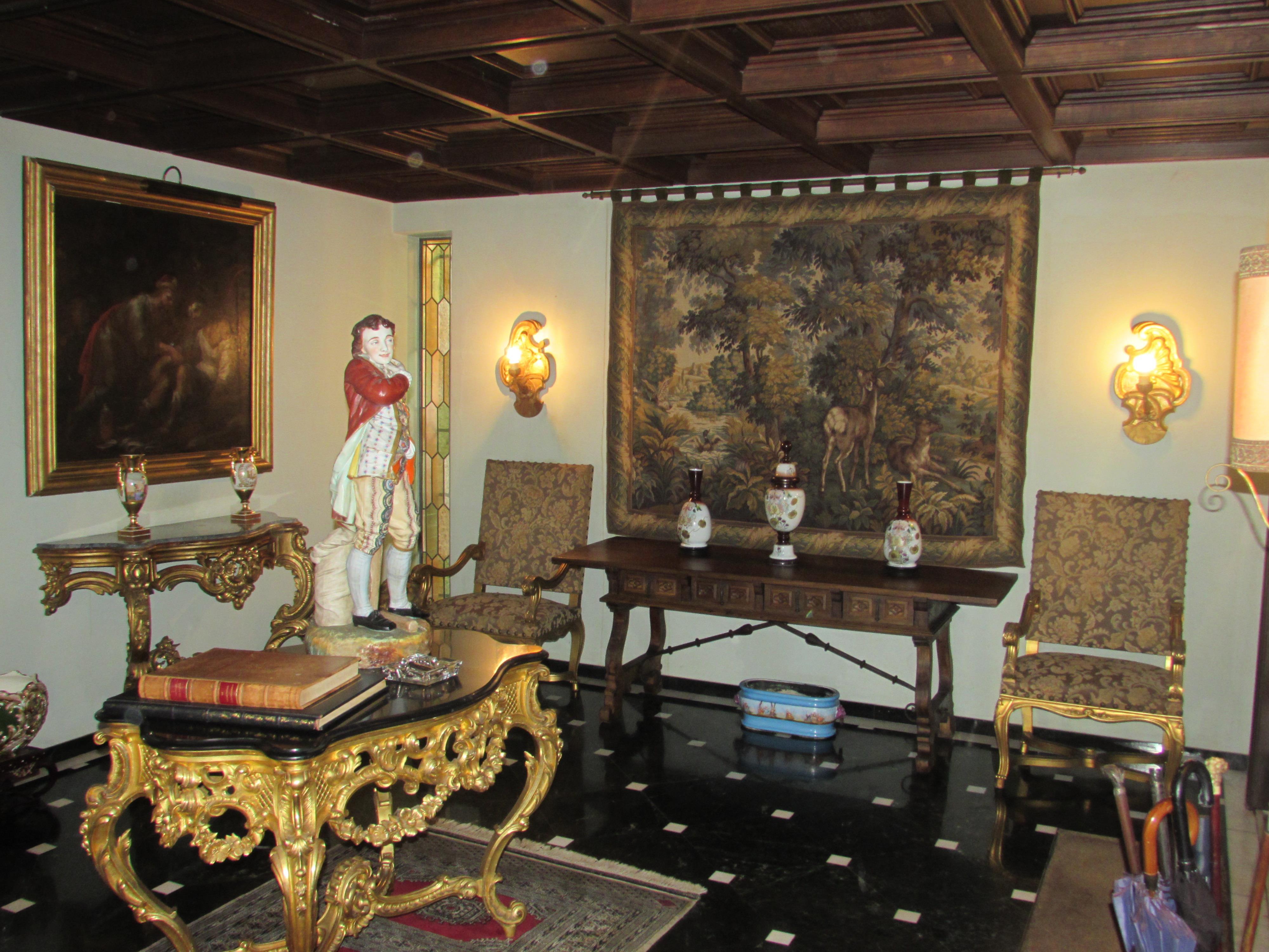 Nhà ở một gia đình vì Bán tại House, 8 bedrooms, for Sale Porto, Porto, 4150-356 Bồ Đào Nha
