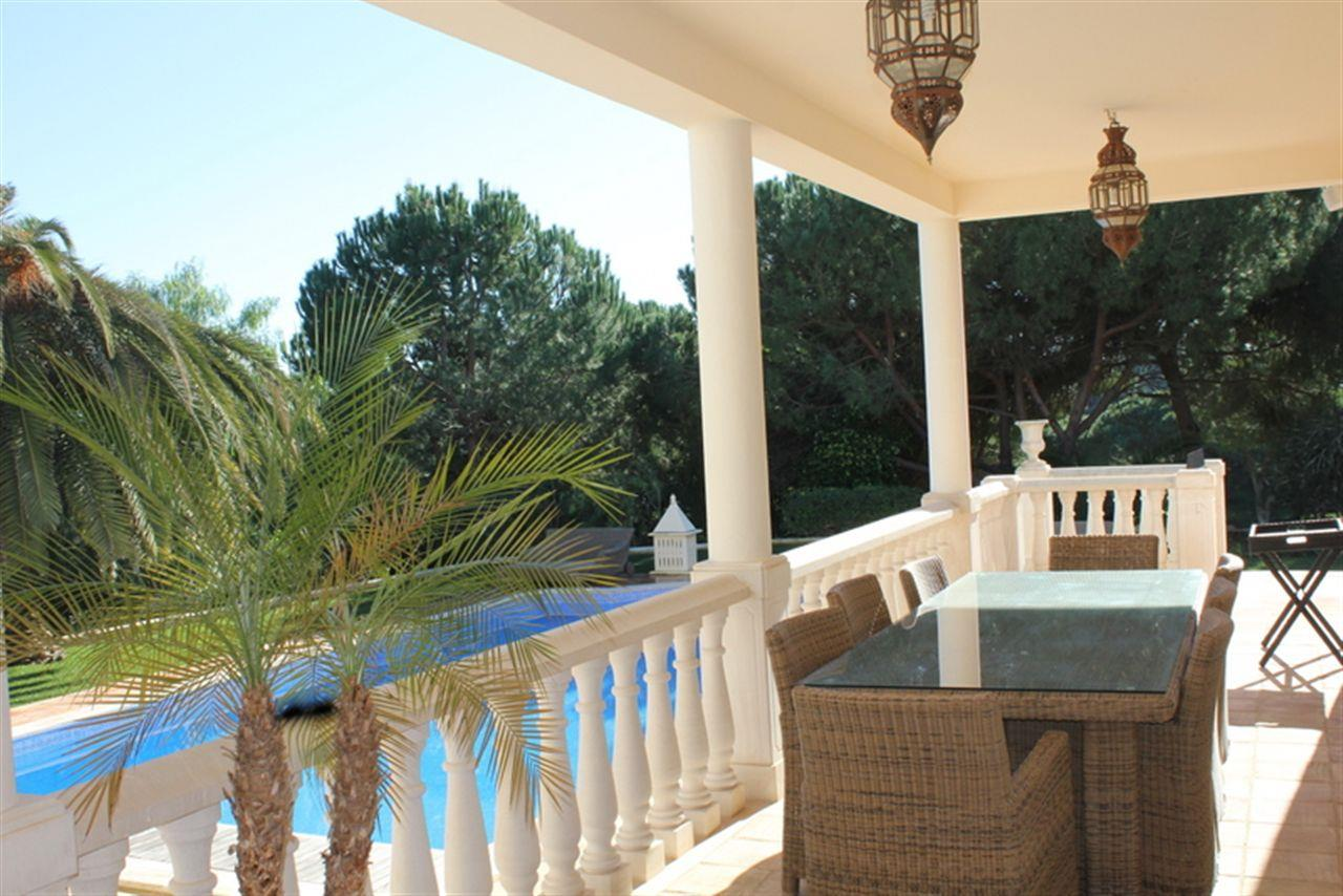 Moradia para Venda às House, 4 bedrooms, for Sale Loule, Algarve 8135-000 Portugal