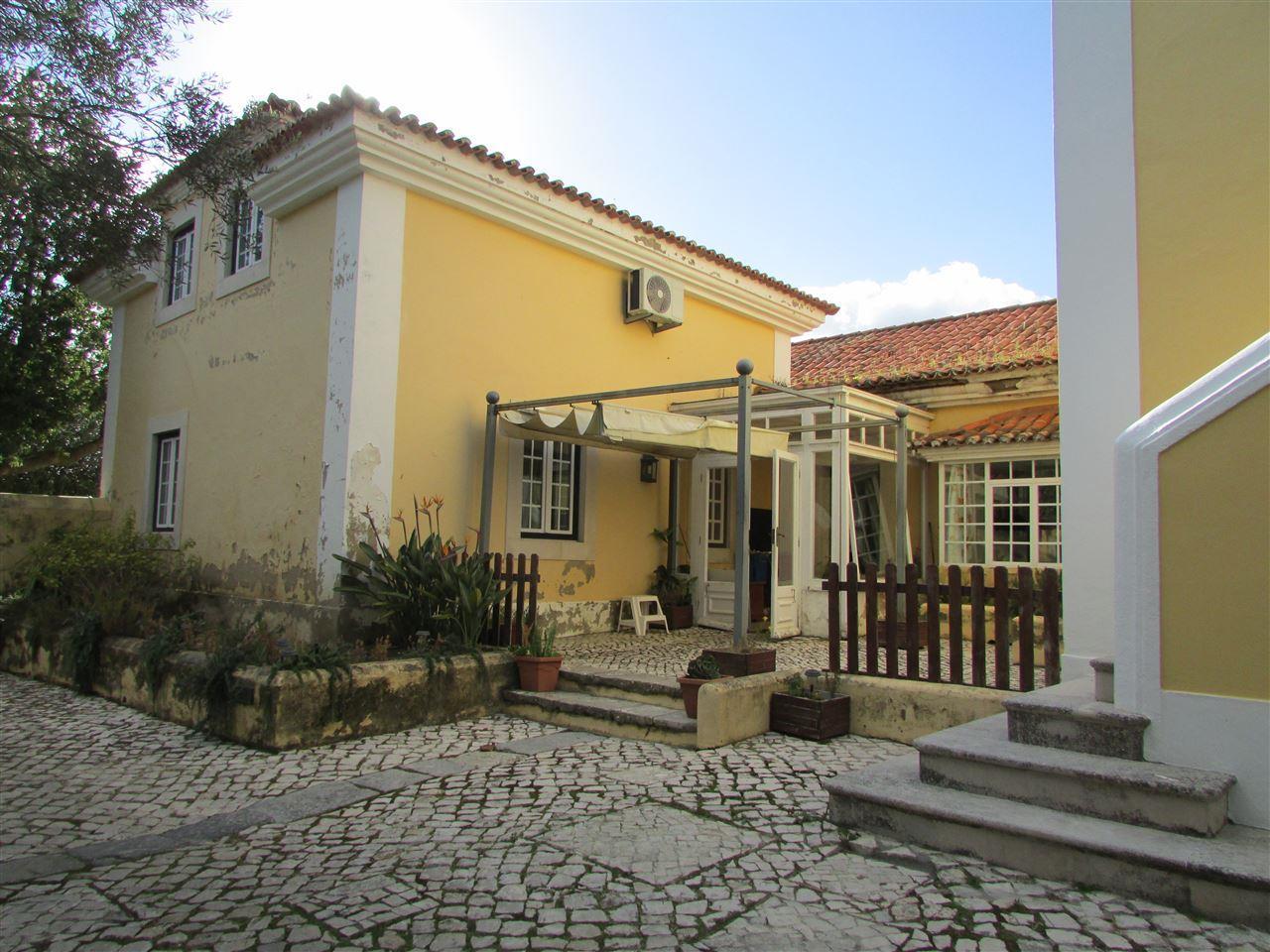 獨棟家庭住宅 為 出售 在 House, 2 bedrooms, for Sale Sintra, 葡京, 葡萄牙