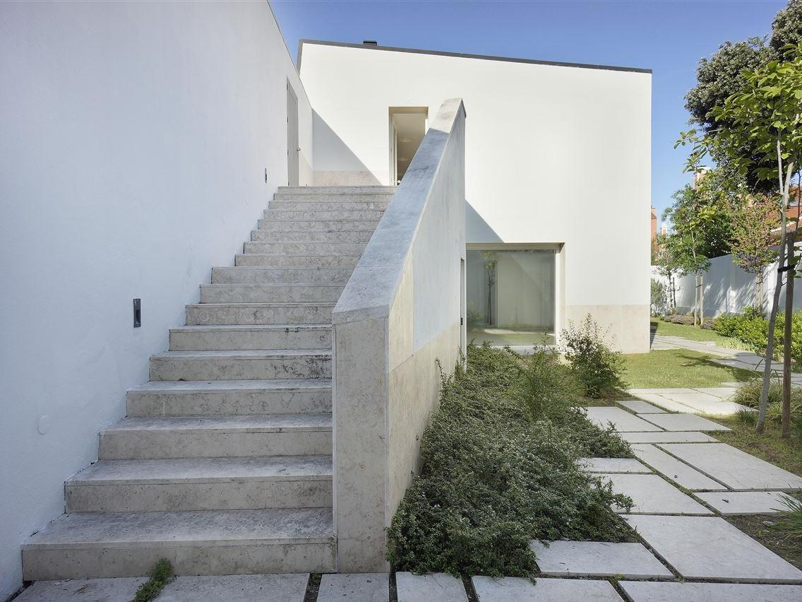 Single Family Home for Sale at House, 4 bedrooms, for Sale Lapa, Lisboa, Lisboa Portugal