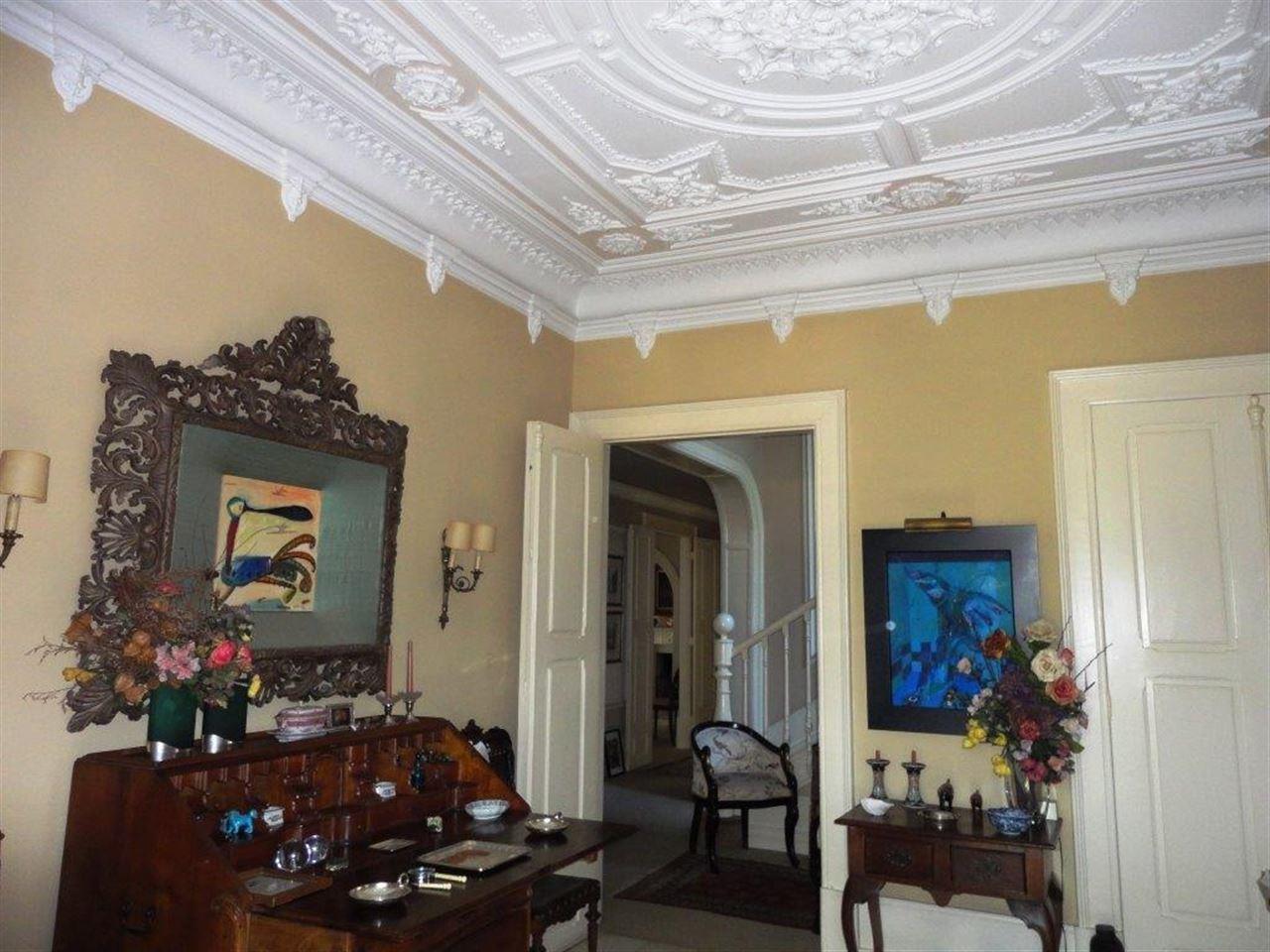 Nhà ở một gia đình vì Bán tại House, 6 bedrooms, for Sale Porto, Porto, 4150-455 Bồ Đào Nha