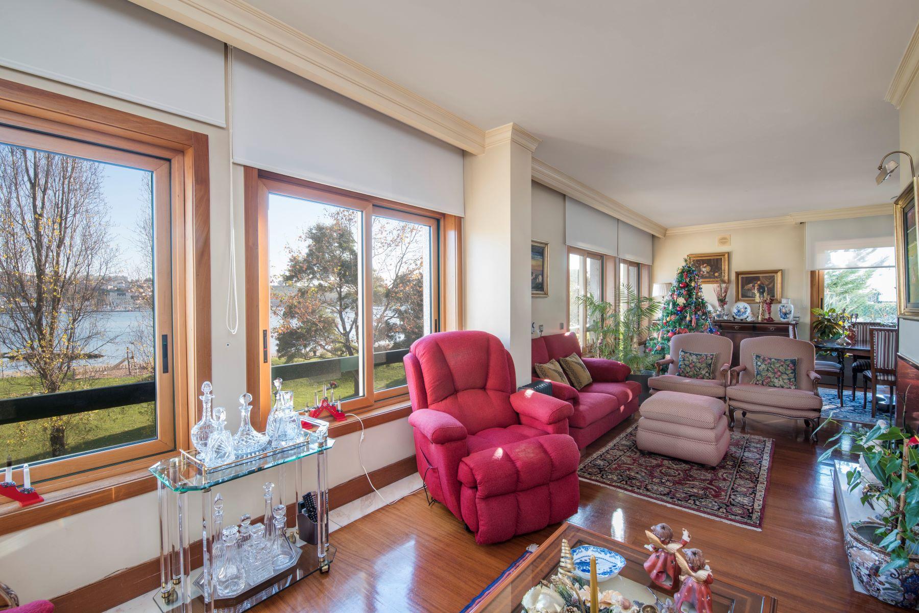 独户住宅 为 销售 在 Apartment Floor Dwelling, 5 bedrooms, for Sale 波尔图, 波尔图, 葡萄牙