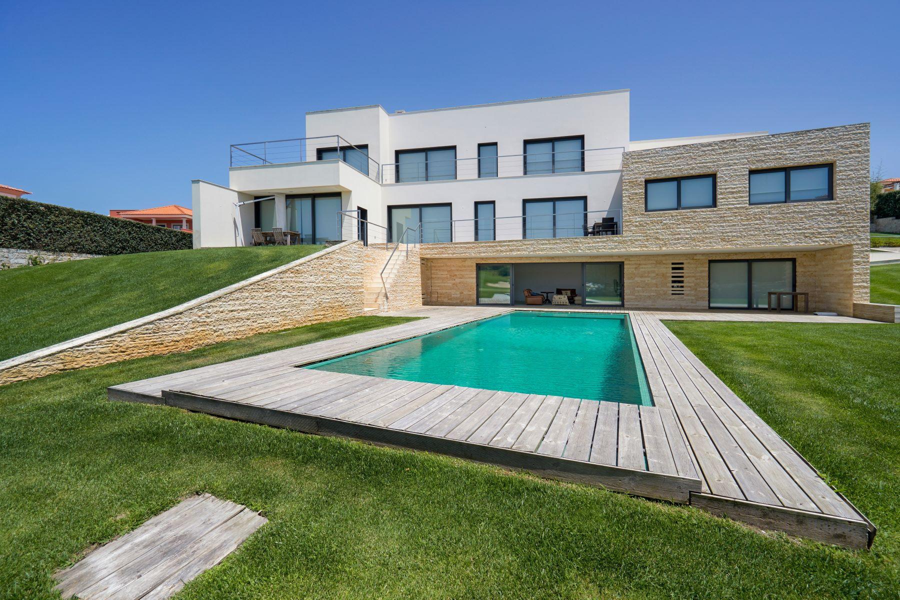 Casa para uma família para Venda às House, 5 bedrooms, for Sale Other Portugal, Outras Áreas Em Portugal, Portugal