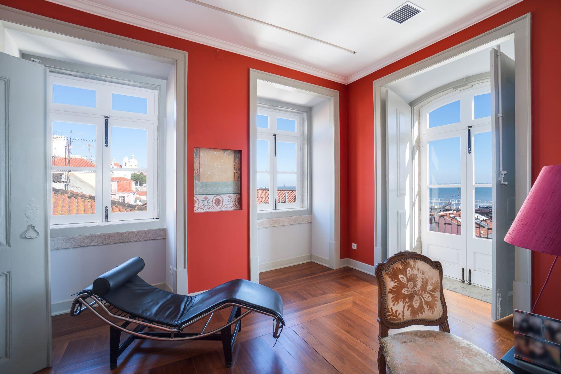 Maison avec plusieurs logements pour l à vendre à Building for Sale Lisboa, Lisbonne, Portugal