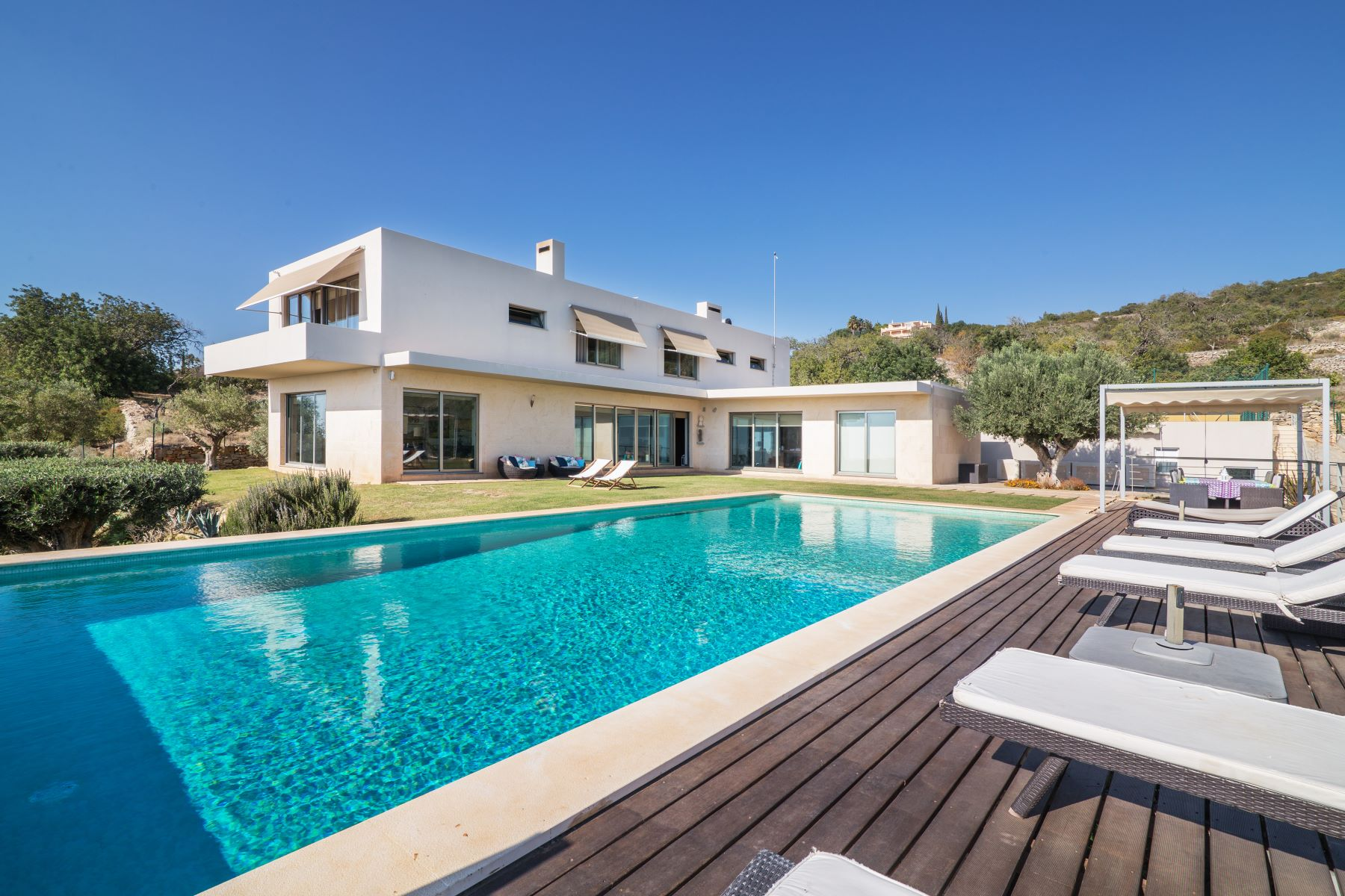 Single Family Home for Sale at Detached house, 4 bedrooms, for Sale Faro, Algarve, Portugal