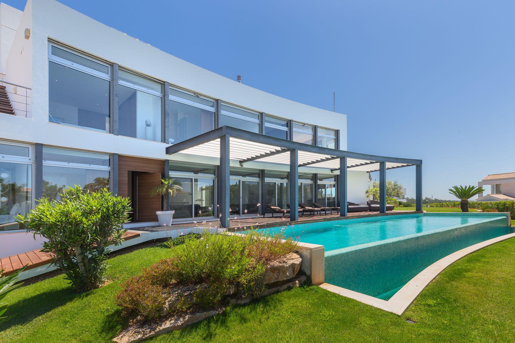 Maison unifamiliale pour l à vendre à Detached house, 4 bedrooms, for Sale Loule, Algarve, Portugal