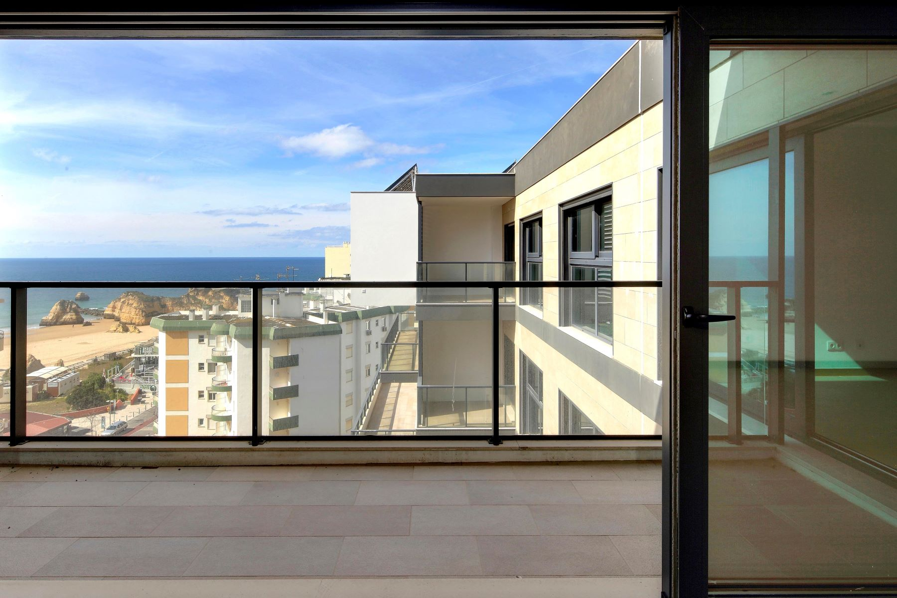 Apartment for Sale at Flat, 3 bedrooms, for Sale Portimao, Algarve Portugal