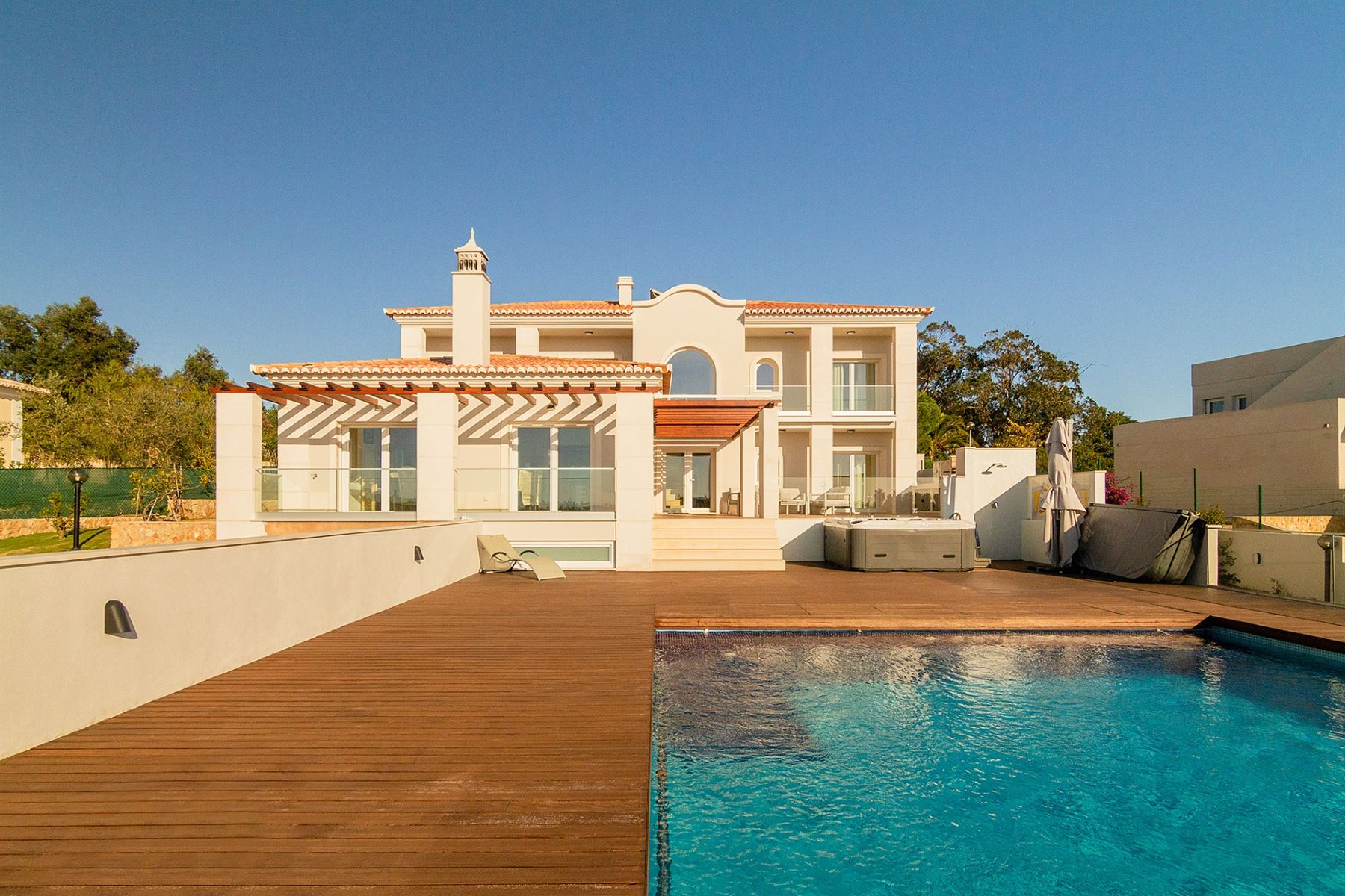 Single Family Homes for Sale at House, 4 bedrooms, for Sale Lagoa, Algarve Portugal