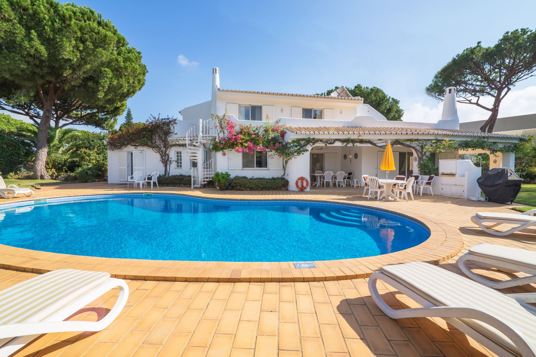 Single Family Home for Sale at Detached house, 4 bedrooms, for Sale Loule, Algarve, Portugal