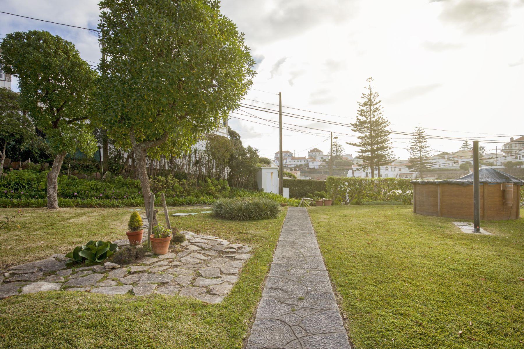 Einfamilienhaus für Verkauf beim House, 6 bedrooms, for Sale Sintra, Lissabon, Portugal
