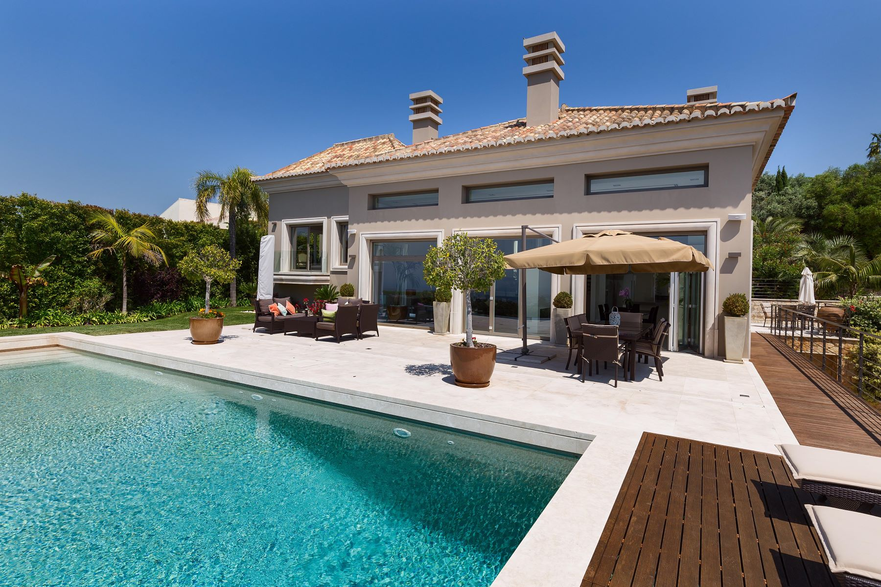 Single Family Home for Sale at Detached house, 5 bedrooms, for Sale Faro, Algarve, Portugal