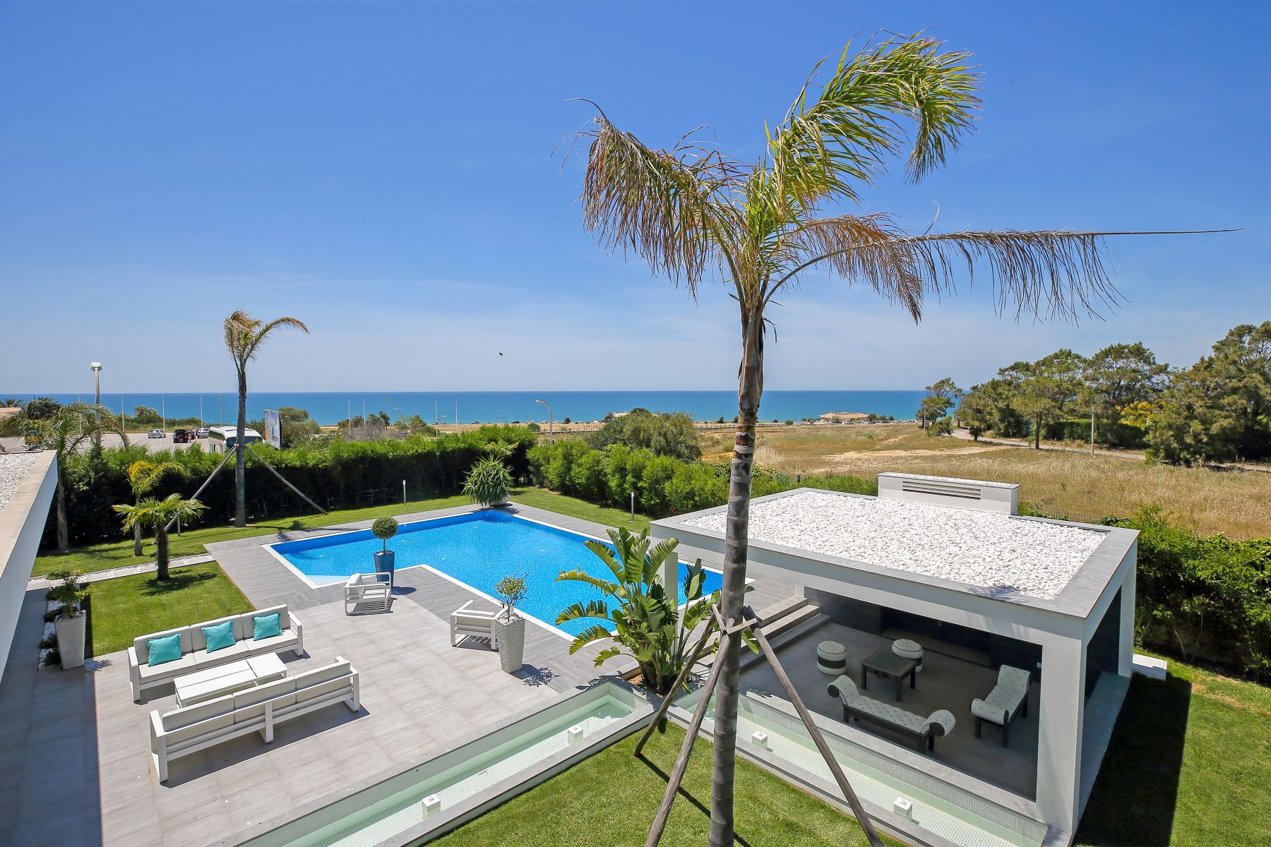 Single Family Home for Sale at Detached house, 4 bedrooms, for Sale Albufeira, Algarve, Portugal