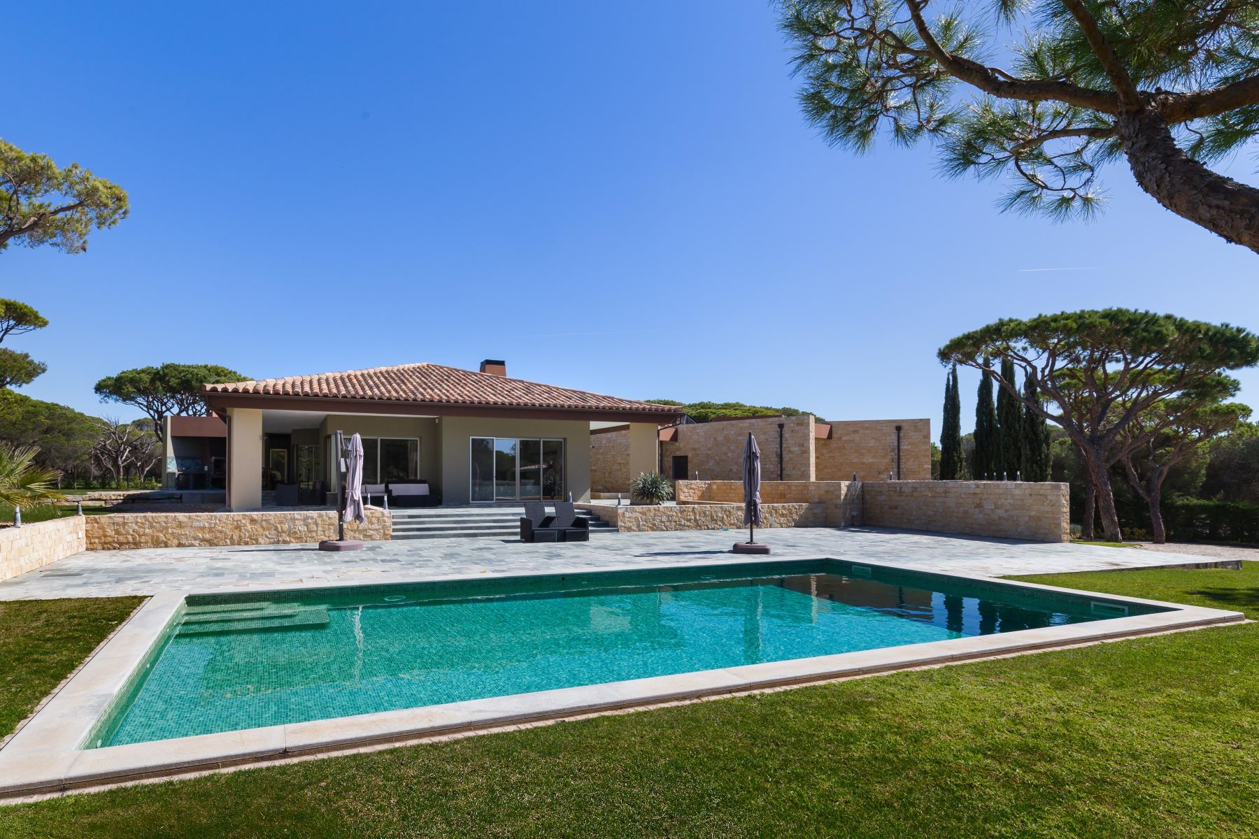 Single Family Home for Sale at Detached house, 7 bedrooms, for Sale Loule, Algarve, Portugal
