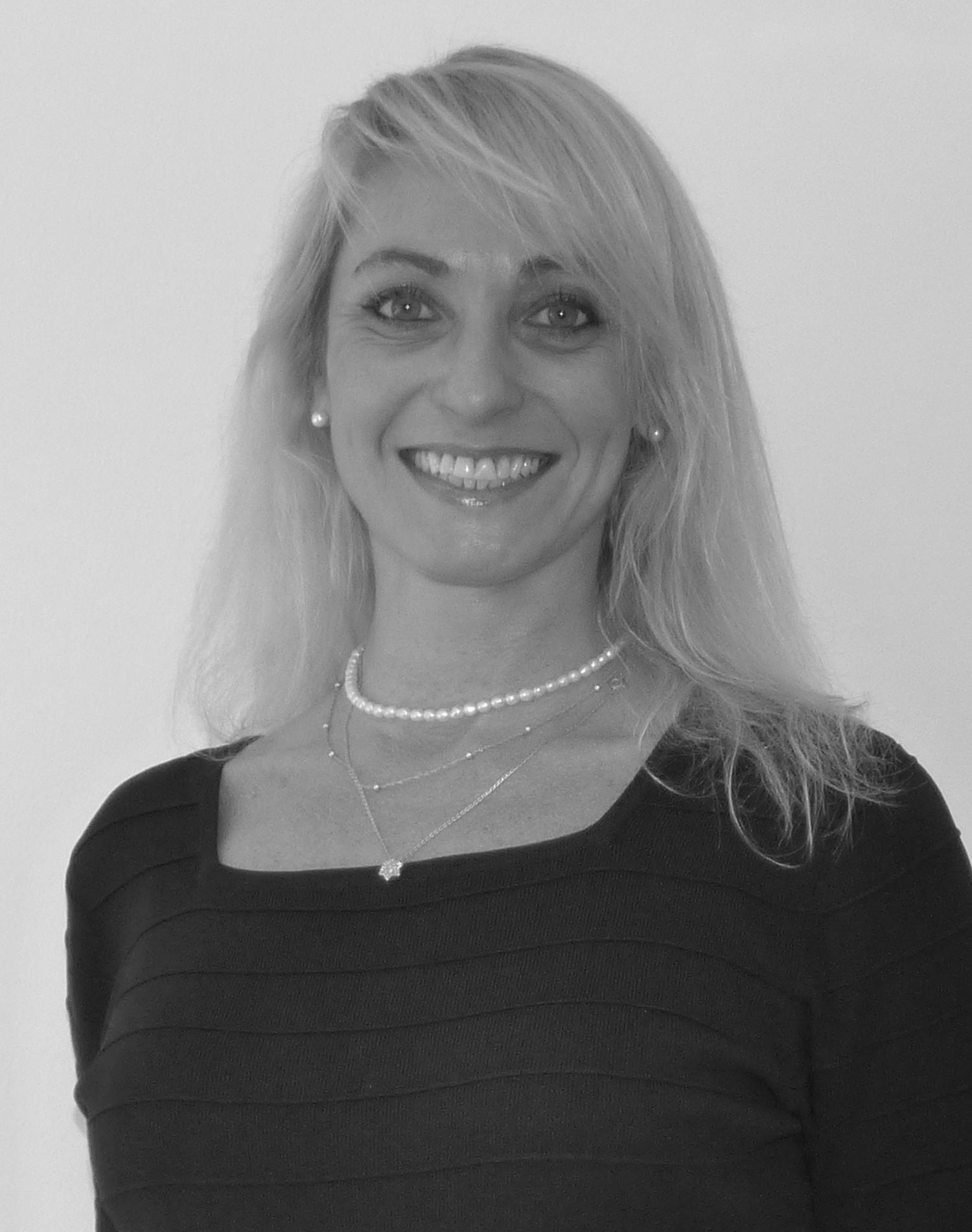 Silvia Isaacson
