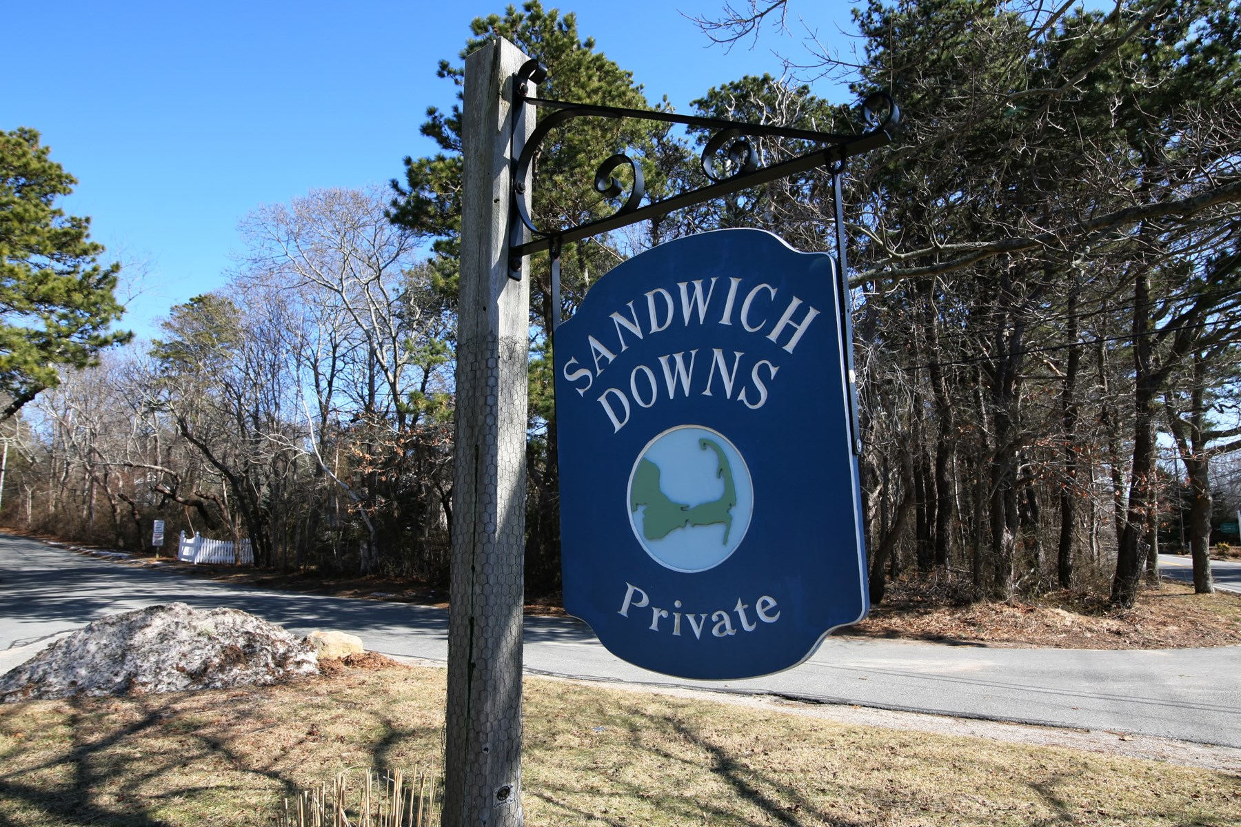Single Family Home for Sale at Expanded Ranch with Deeded Beach Rights 49 Wing Boulevard West Sandwich, Massachusetts, 02537 United States