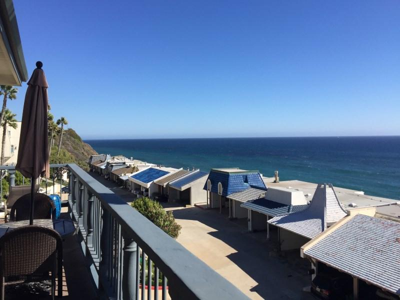 コンドミニアム のために 賃貸 アット Stunning ocean view lease 11874 Ebbtide Lane Malibu, カリフォルニア 90265 アメリカ合衆国