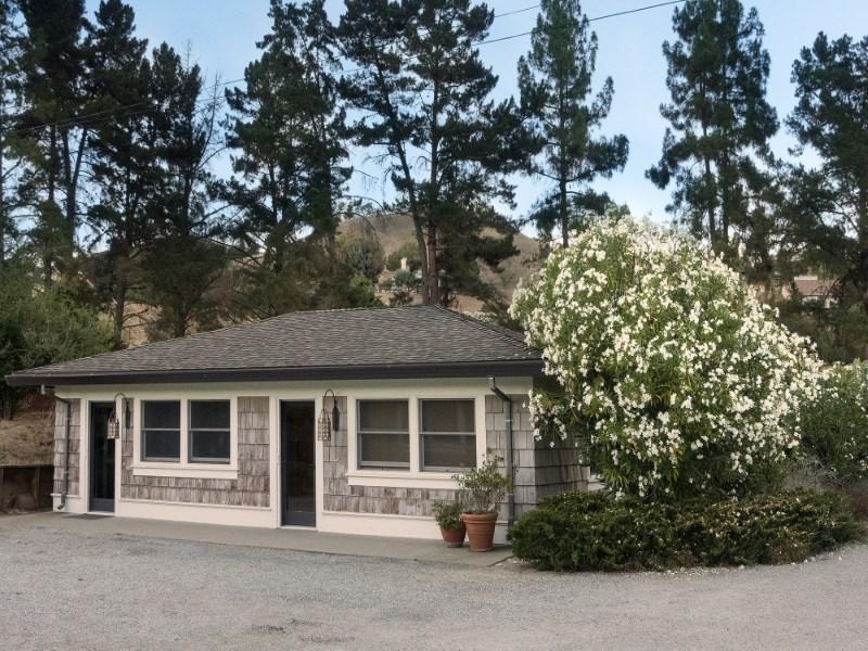 Land for Sale at Contemporary Ranch Estate 17755 Corral Del Cielo Road Salinas, California 93908 United States