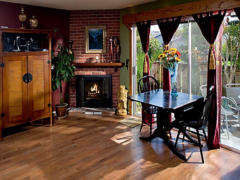 Piso por un Venta en Tranquil Meadowtree Living 568 Mills Way Goleta, California 93117 Estados Unidos
