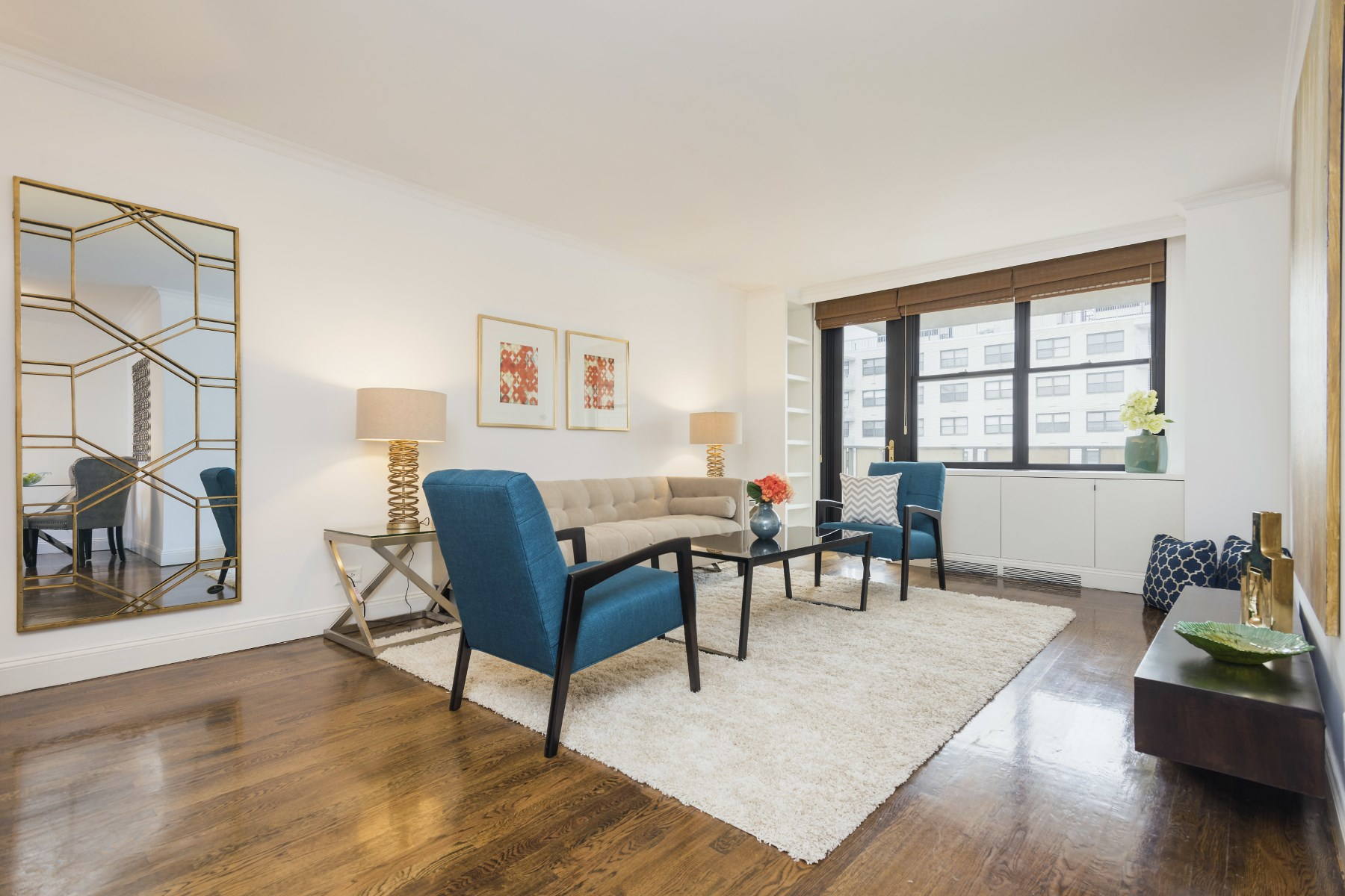 Co-op for Sale at 301 East 87th Street, Apt. 19F Upper East Side, New York, New York, 10128 United States