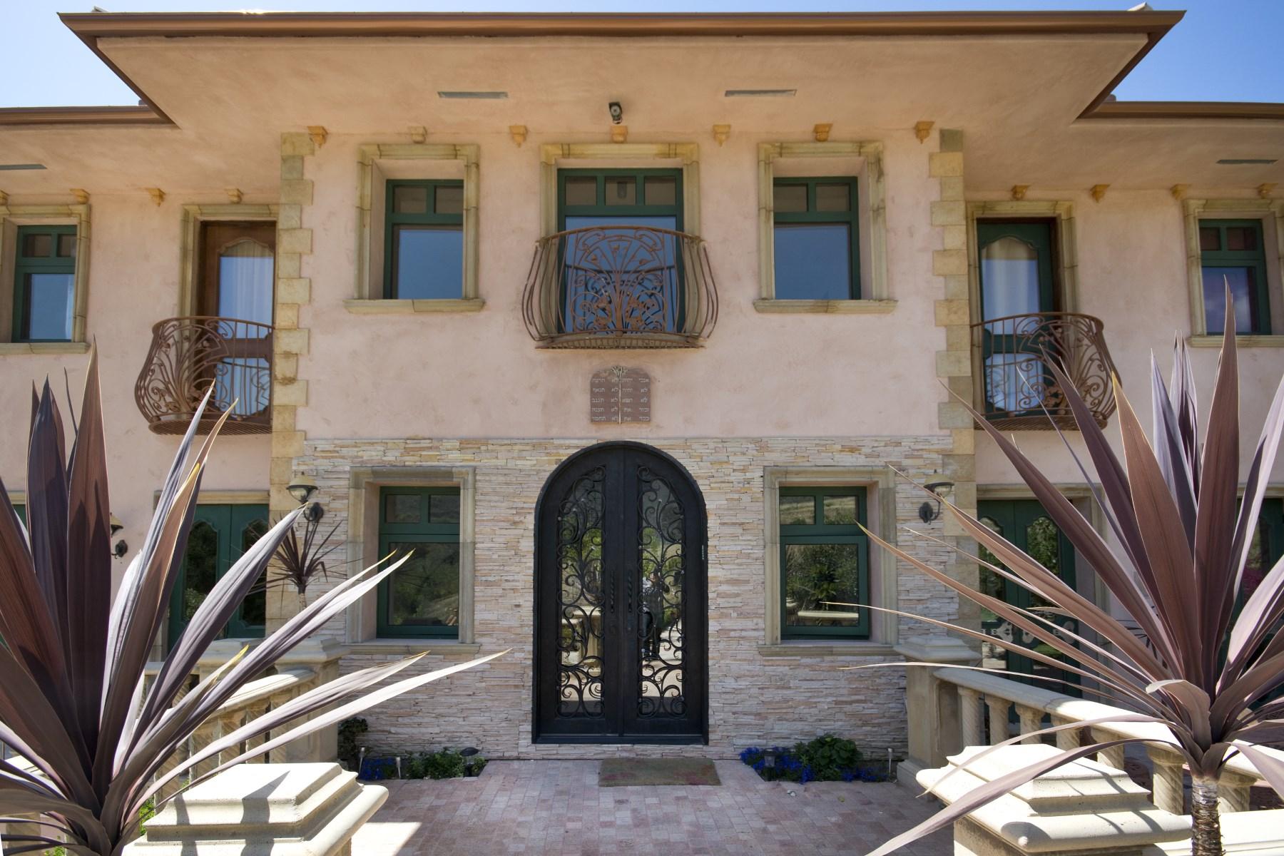Maison unifamiliale pour l Location à Tuscany Villa in Ramirez Canyon 28305 Via Acero Street Malibu, Californie, 90265 États-Unis