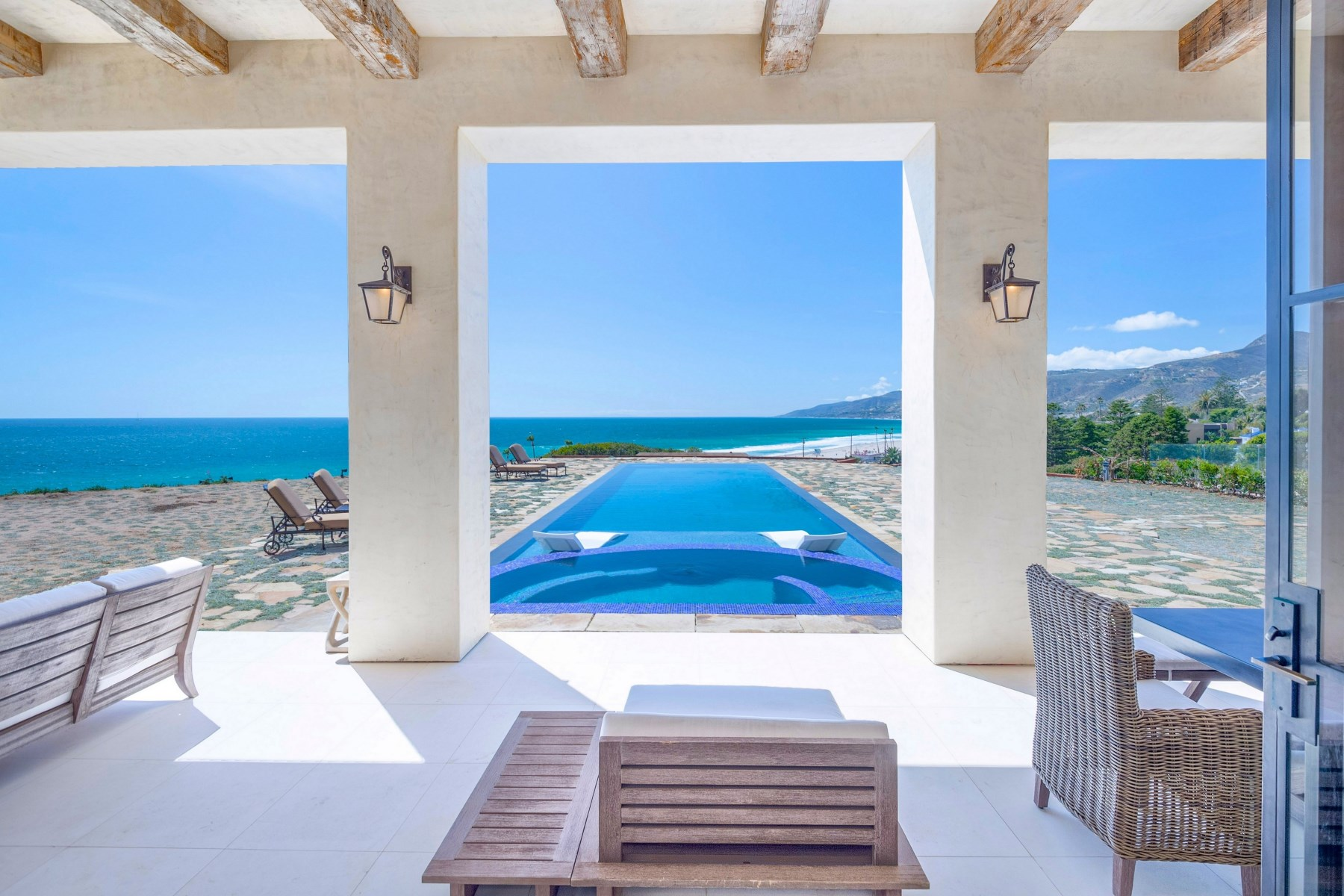 sales property at Villa Sogno - Malibu