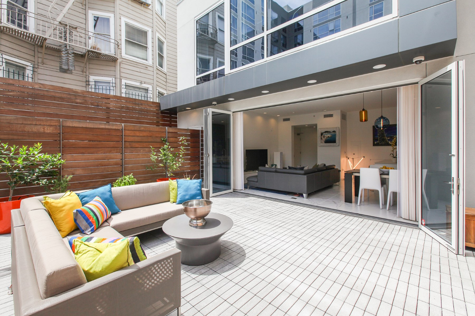 共管物業 為 出售 在 House-like Nob Hill Condominium 1771 Washington St # 3 Nob Hill, San Francisco, 加利福尼亞州, 94109 美國