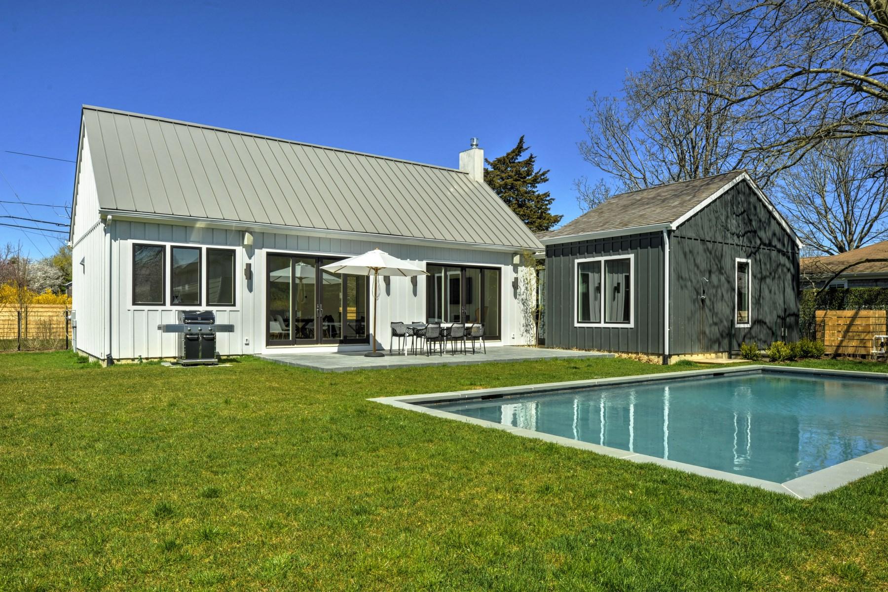 Einfamilienhaus für Vermietung beim Village Gem - Rented 117 Buell Lane East Hampton Village, East Hampton, New York, 11937 Vereinigte Staaten