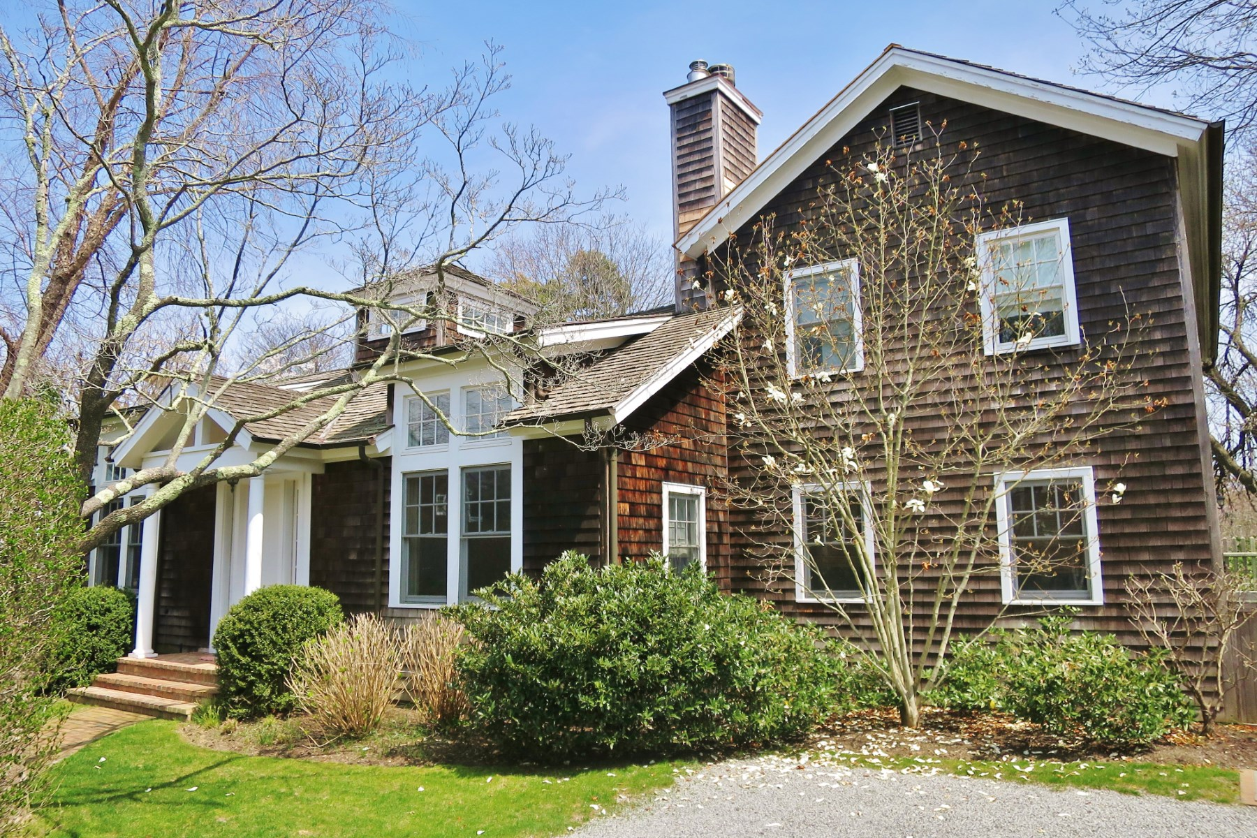 Property Of Enchanting East Hampton Traditional