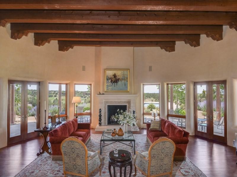 Maison unifamiliale pour l Vente à 141 Wildhorse Las Campanas & Los Santeros, Santa Fe, New Mexico 87506 États-Unis
