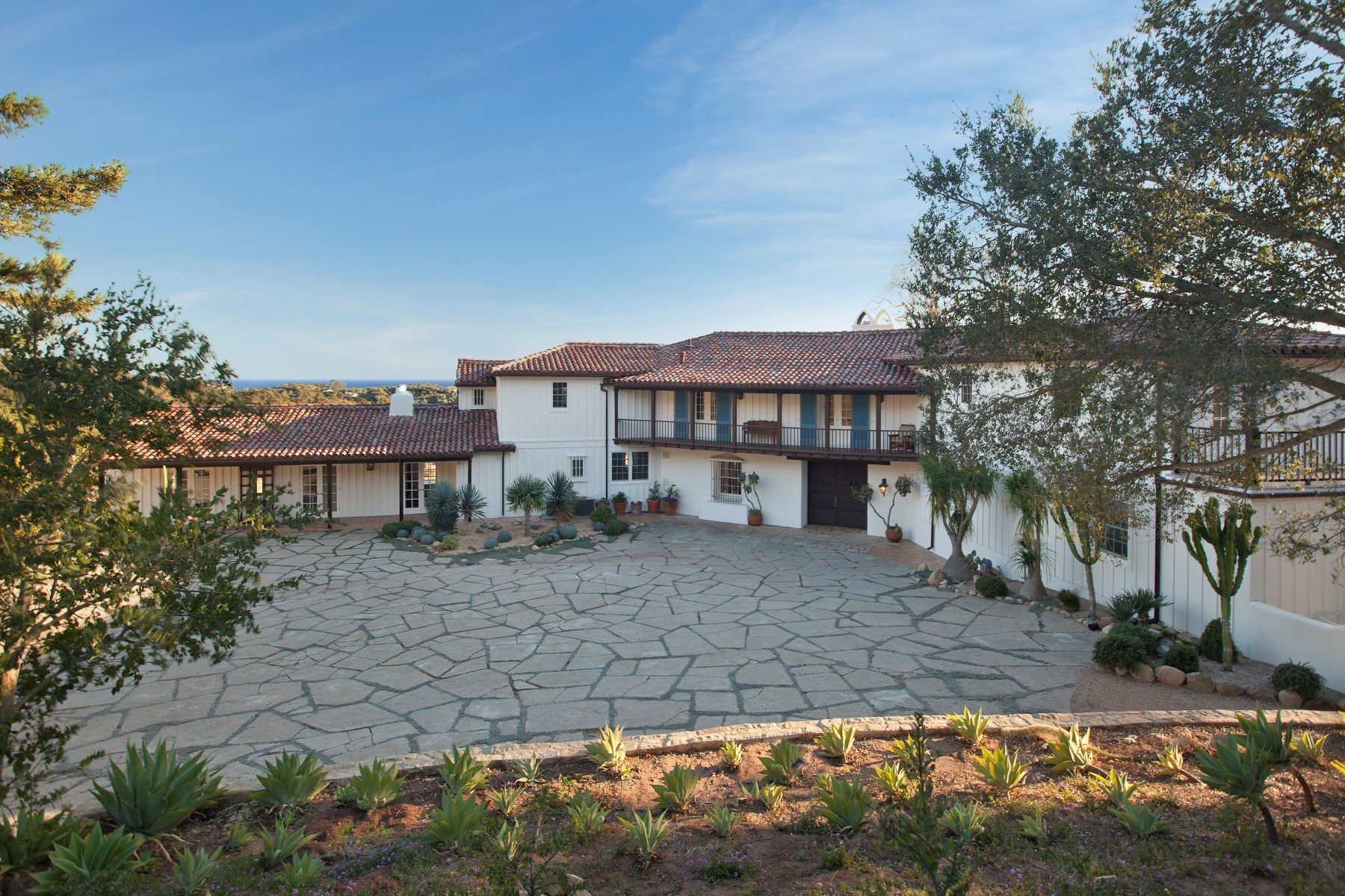 Property For Sale at A Unique Promontory Ocean View Estate