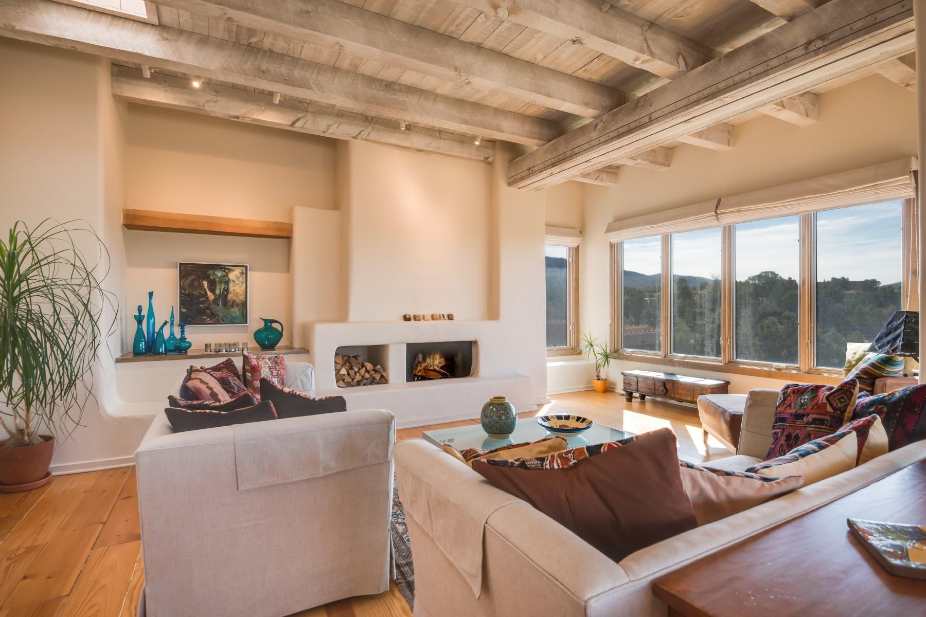 Appartement en copropriété pour l Vente à 830 Camino del Este Santa Fe City Northeast, Santa Fe, New Mexico, 87501 États-Unis