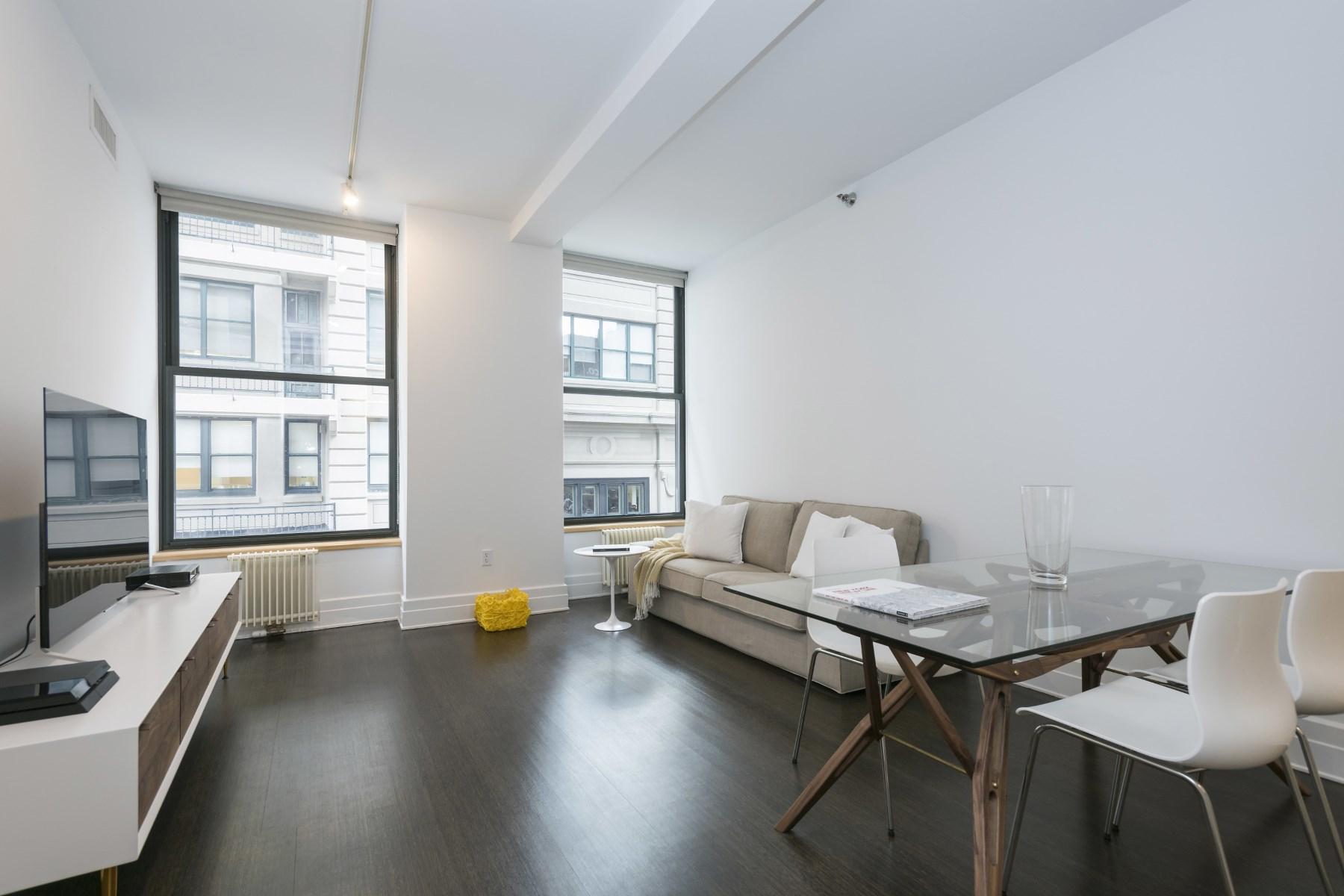 콘도미니엄 용 매매 에 ONE BED in DUMBO 70 Washington Street Apt 2q Dumbo, Brooklyn, 뉴욕 11201 미국