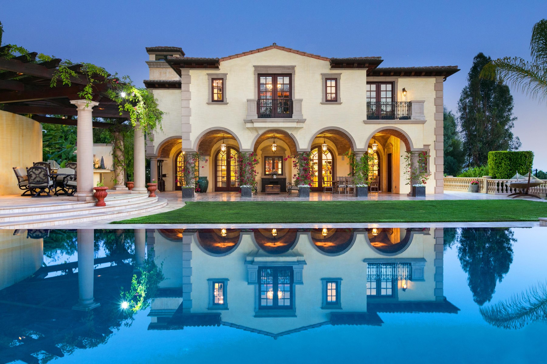 sales property at Private Estate in Beverly Hills