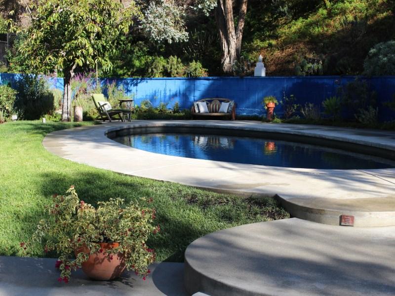 Частный односемейный дом для того Продажа на 5631 Green Oak Drive Los Feliz, Los Angeles, Калифорния 90068 Соединенные Штаты