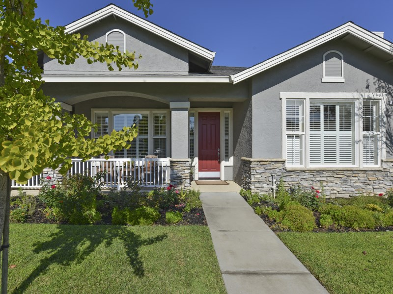Single Family Home for Sale at Stylish Single Level Home 850 Signorelli Cir St. Helena, California 94574 United States