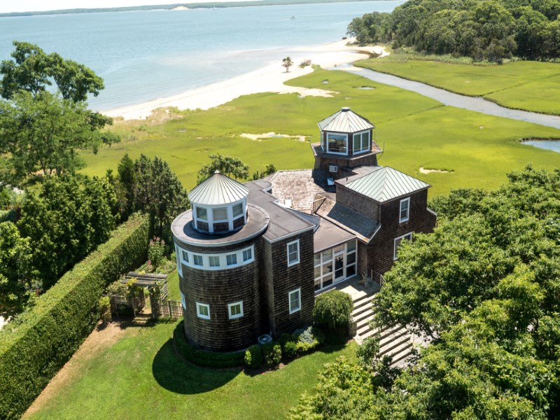 Villa per Vendita alle ore Lookout on Soundview Sag Harbor, New York 11963 Stati Uniti