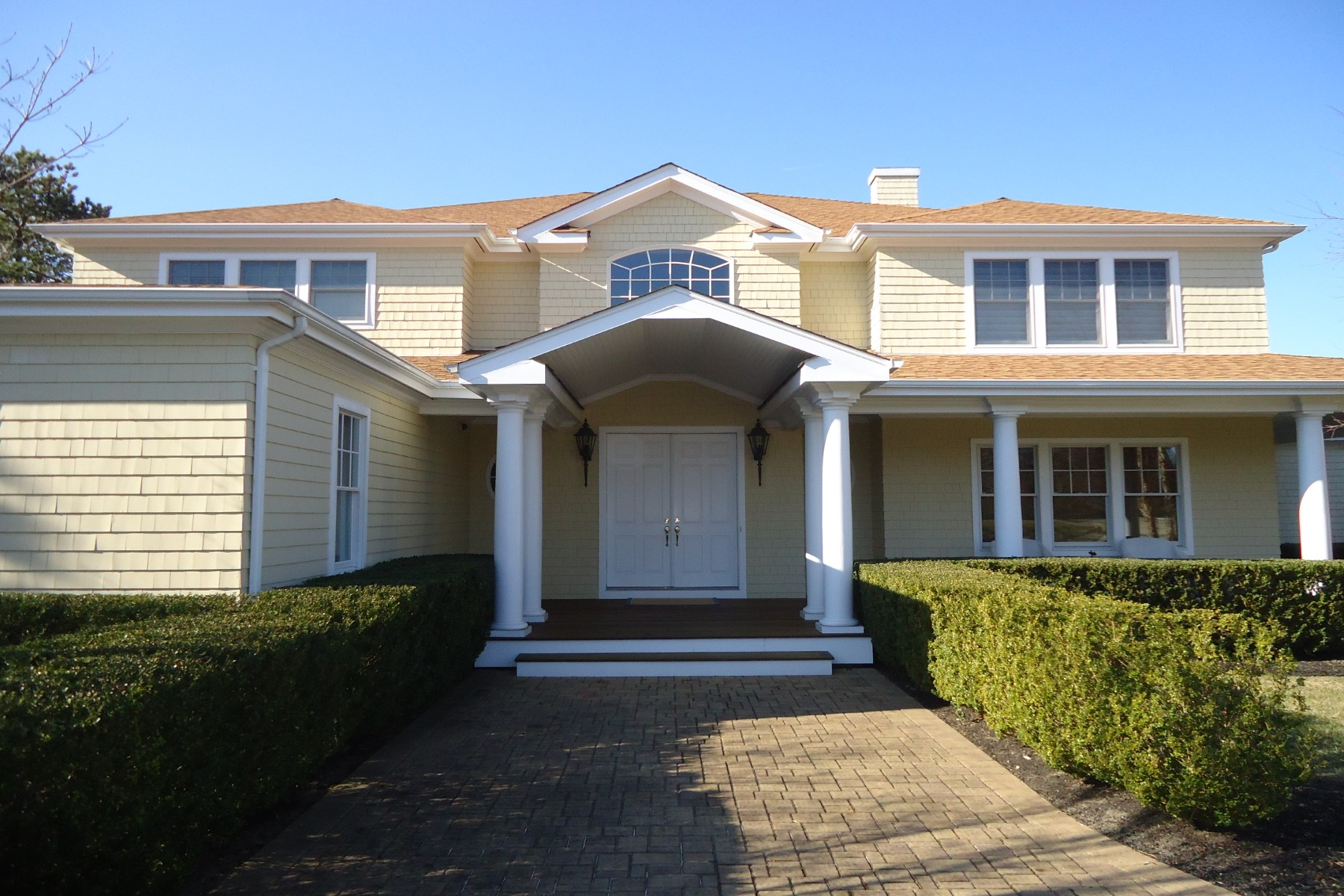 Single Family Home for Rent at Convenient, Comfortable Two Weeks Rental Southampton, New York 11968 United States