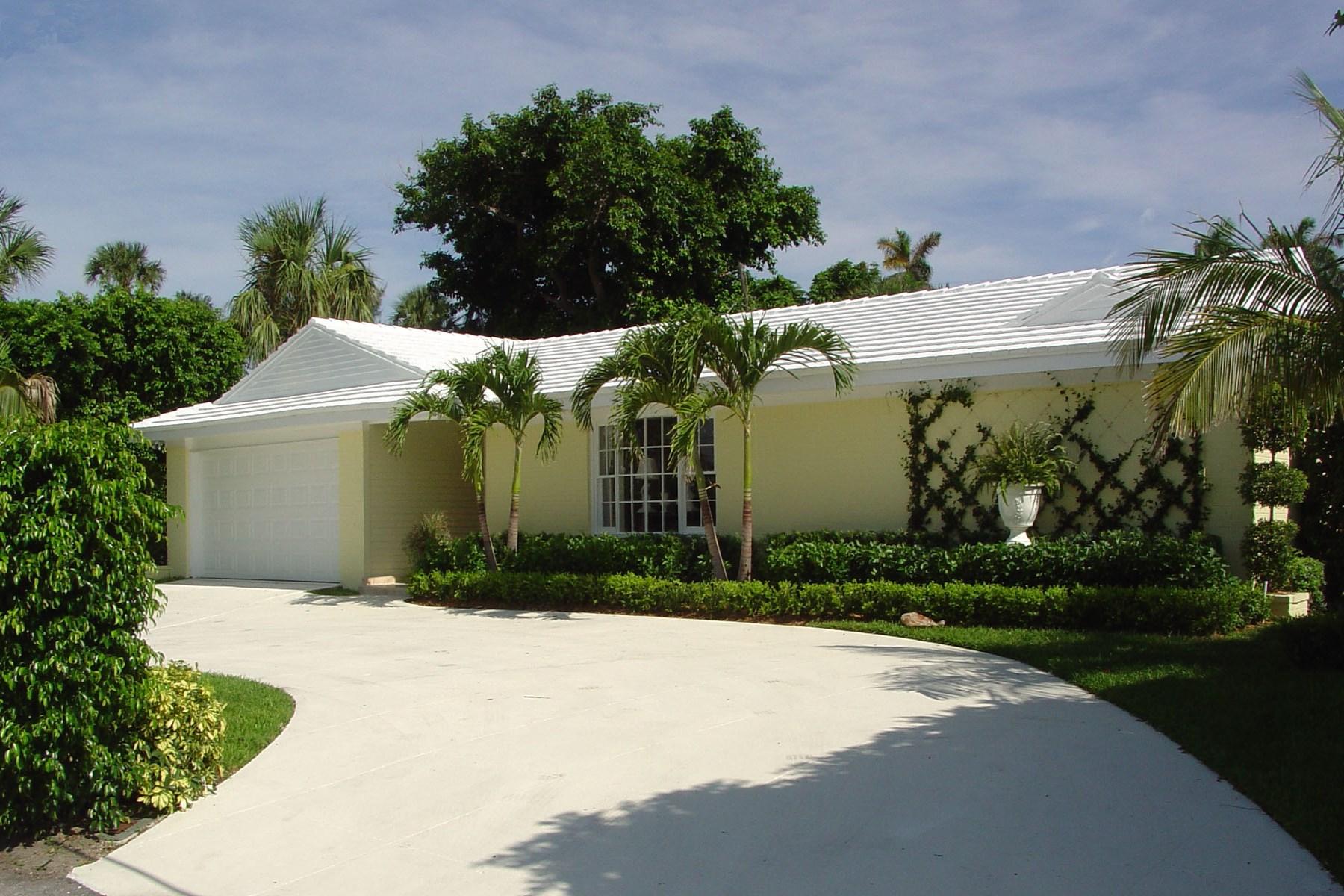 独户住宅 为 销售 在 Onondaga Avenue - Palm Beach 230 Onondaga Ave North End, Palm Beach, 佛罗里达州 33480 美国