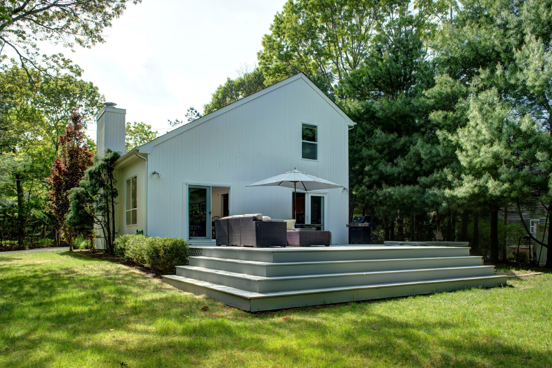 Single Family Home for Sale at Beach House Gem 17 Country Lane East Hampton, New York 11937 United States