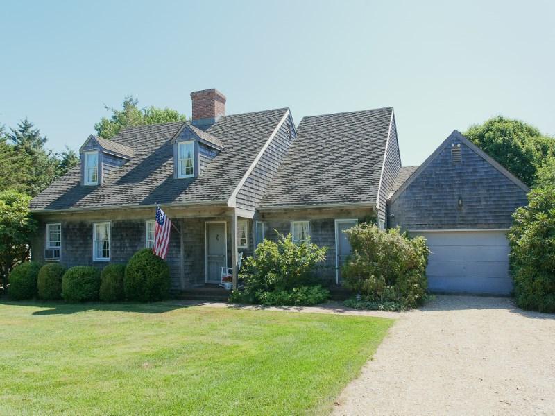 Single Family Home for Sale at Amagansett South Lanes Amagansett, New York 11930 United States