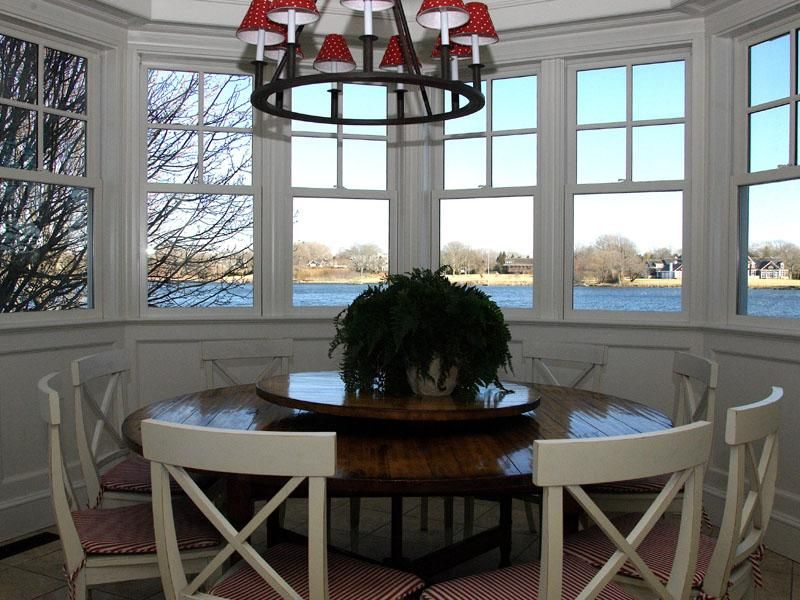 Additional photo for property listing at Southampton Lake Front Luxury  Southampton, New York 11968 United States