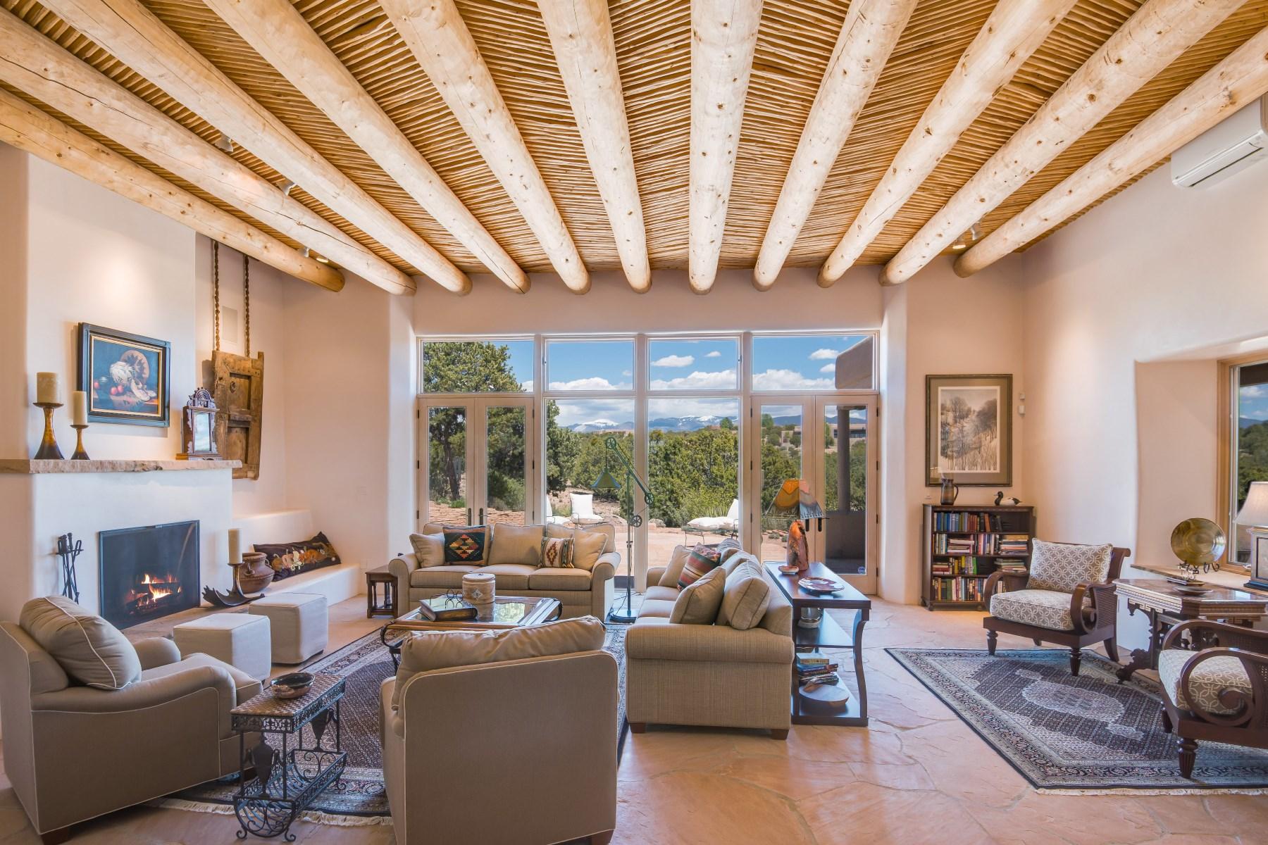 Maison unifamiliale pour l Vente à 46 Hollyhock Circle Las Campanas & Los Santeros, Santa Fe, New Mexico, 87506 États-Unis