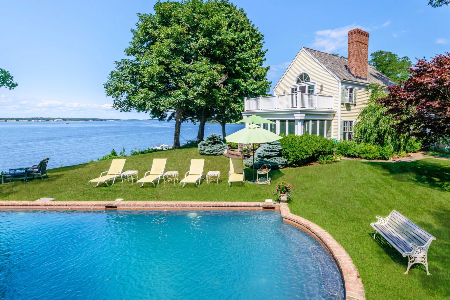 Single Family Home for Sale at Exquisite Dering Harbor Estate 27 Shore Road Shelter Island, New York 11965 United States