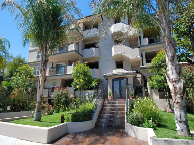 Property For Sale at West Hollywood Modern Luxury Condo Lease
