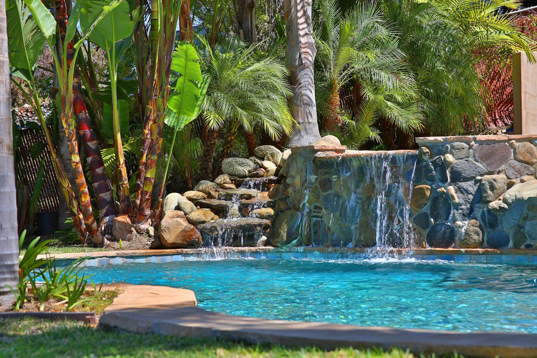 Разнобразная частная недвижимость для того Продажа на Malibu Melange of Tuscany and Provence Malibu, Калифорния, 90265 Соединенные Штаты