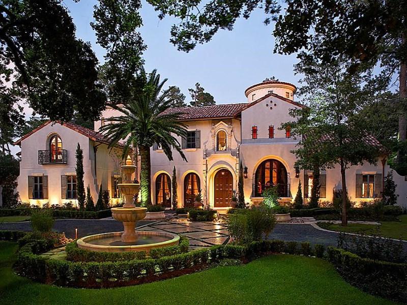 独户住宅 为 销售 在 8802 Memorial Drive Memorial, 休斯顿, 得克萨斯州 77024 美国