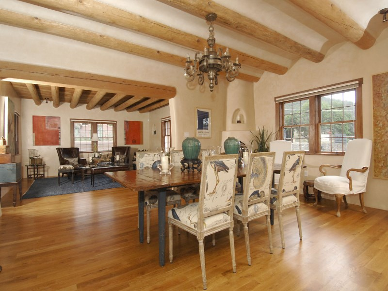 Maison unifamiliale pour l Vente à 1523 and 1514 Upper Canyon Road 1523 & 1514 Upper Canyon Road Santa Fe, New Mexico 87501 États-Unis