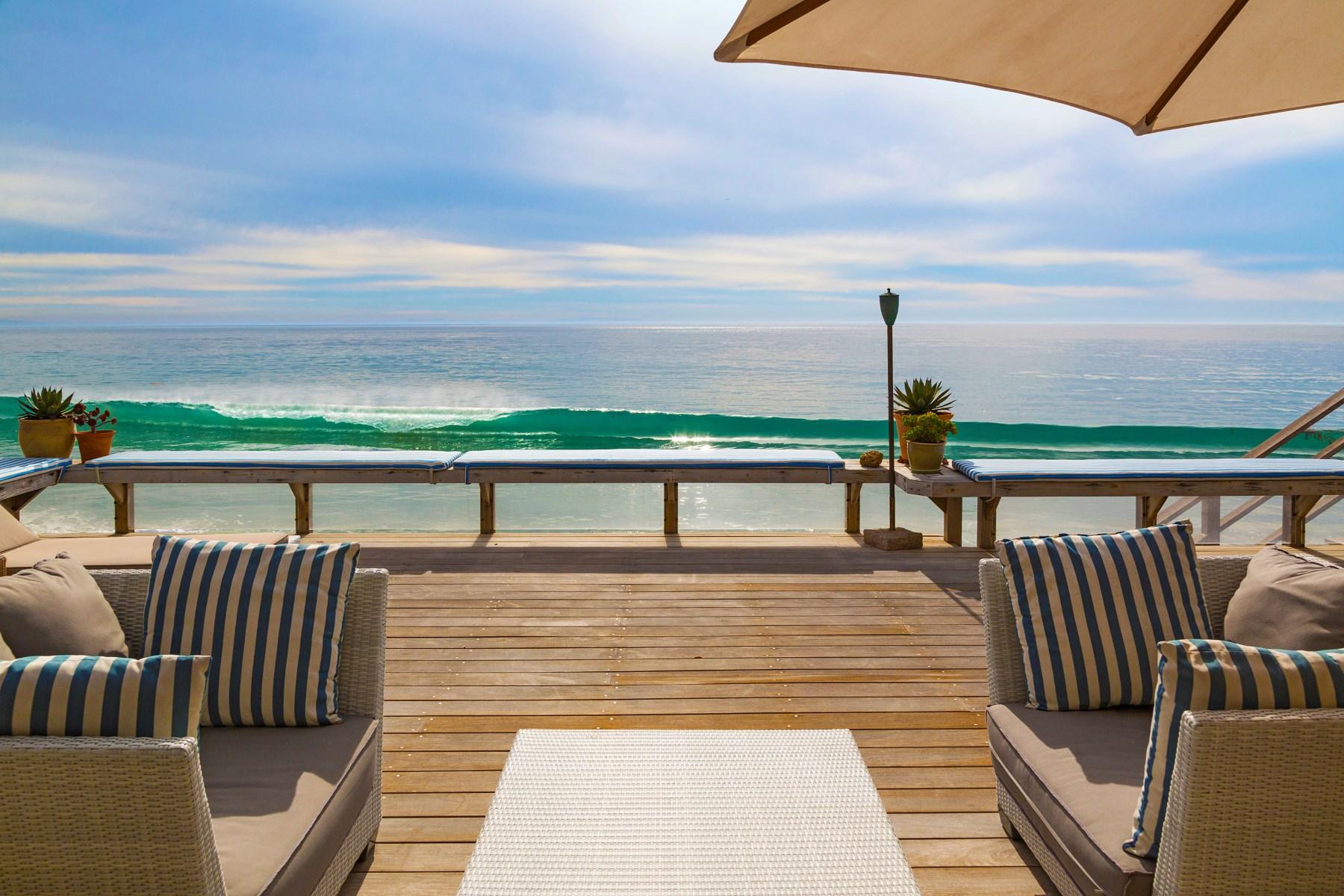 Einfamilienhaus für Verkauf beim Stunning La Costa Beach House 21634 Pacific Coast Hwy Malibu, Kalifornien 90265 Vereinigte Staaten